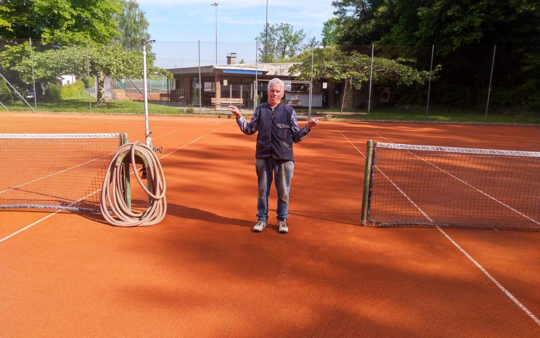 Tennis wieder erlaubt im Freien!